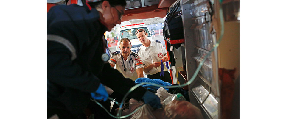 looking-in-ambulance